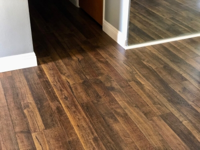 Quick Step Reclaimé Old Town Oak Laminate from the entry to the hallway